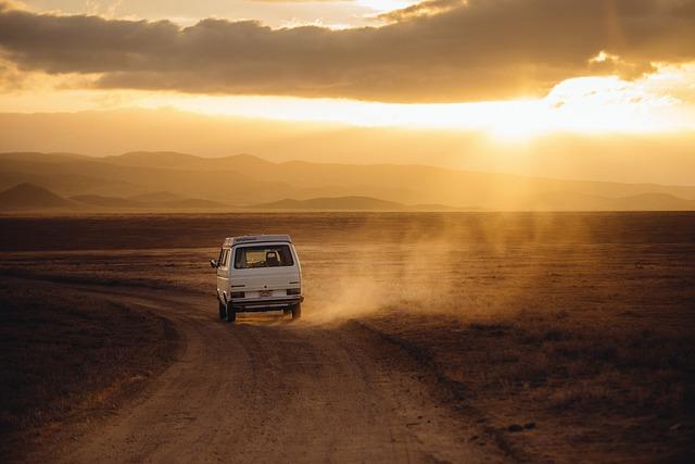 Czym najporządniej podróżować do pracy czy na wakacje własnym samochodem tak czy nie?